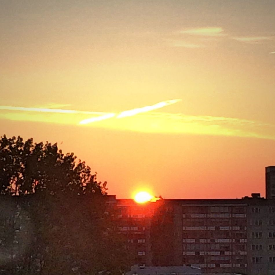 No Filter Sunrise Break Of Dawn Building