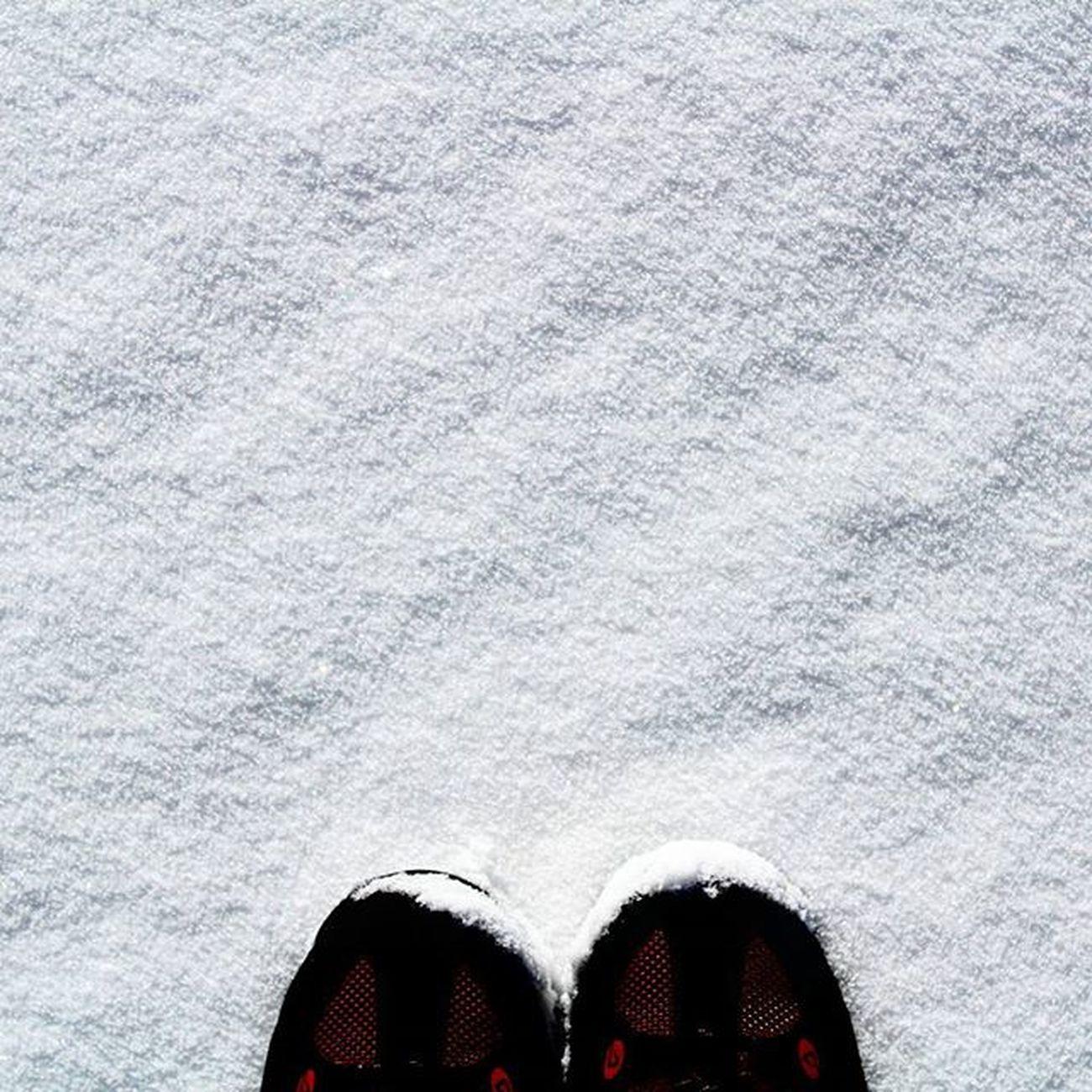Feet & Trekking Myvallo Igers_salerno Igerscampania Igeritalia Dafareasassano Dafareasalerno Dafareincampania Insolitaitalia Campaniafelix Dolomite White Snowday Wintertime Instanature Instaday Fromwhereistand Ihavethisthingwithfloors Feet