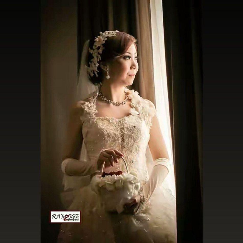Squarepic Wedding Photography Wedding Explore Likeforlike Portrait Photoshoot Mood_photography