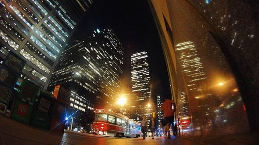 nights and lights The6ix Viewsfromthe6 Tocompletestreets Streetsoftoronto Photography The6 Citynights Citylights City Streetphotography Citythatneversleeps Toronto TorontoLife Torontoliving Photographysouls Perspective Thestreets Reflection Financialdistrict  Lifeofham