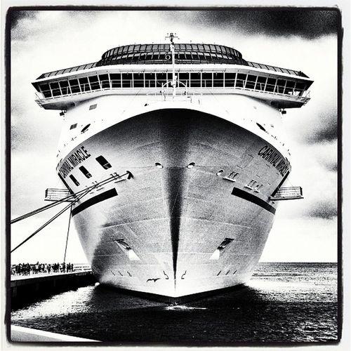 Carnival Miracle in Grand Turk. Caicos Cruiseship Beach Turks_and_caicos Paradise Turkhead Bridge Carnival Ship Vacation Mega Pier Dock Miracle Bw Cruise MightY Grandturk