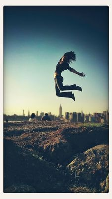 AMPt - Jump at Williamsburg by Kika