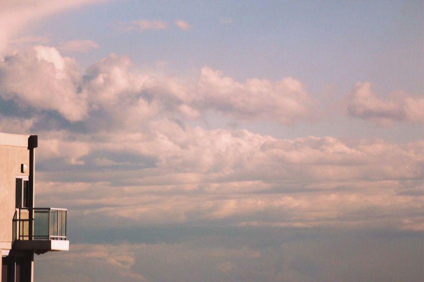 Sky Cloud - Sky Low Angle View No People Outdoors Scenics Day Minimalism Minimalist Minimalistic Minimalist Photography  Minimalexperience Architecture