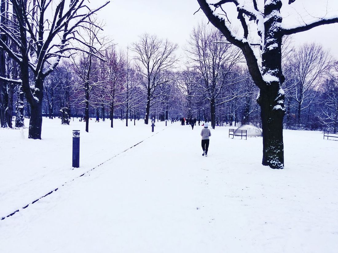MyfirstEyemphoto Training Running Exploring Snow ❄ Park First Eyeem Photo