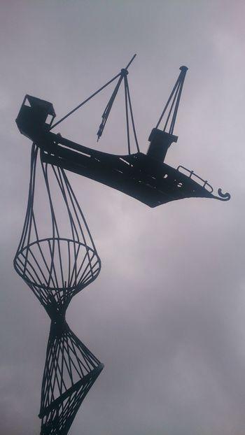 Рыбацкий корабль. арт  скульптура корабль Art Sculpture Ship Silhouette No People Outdoors