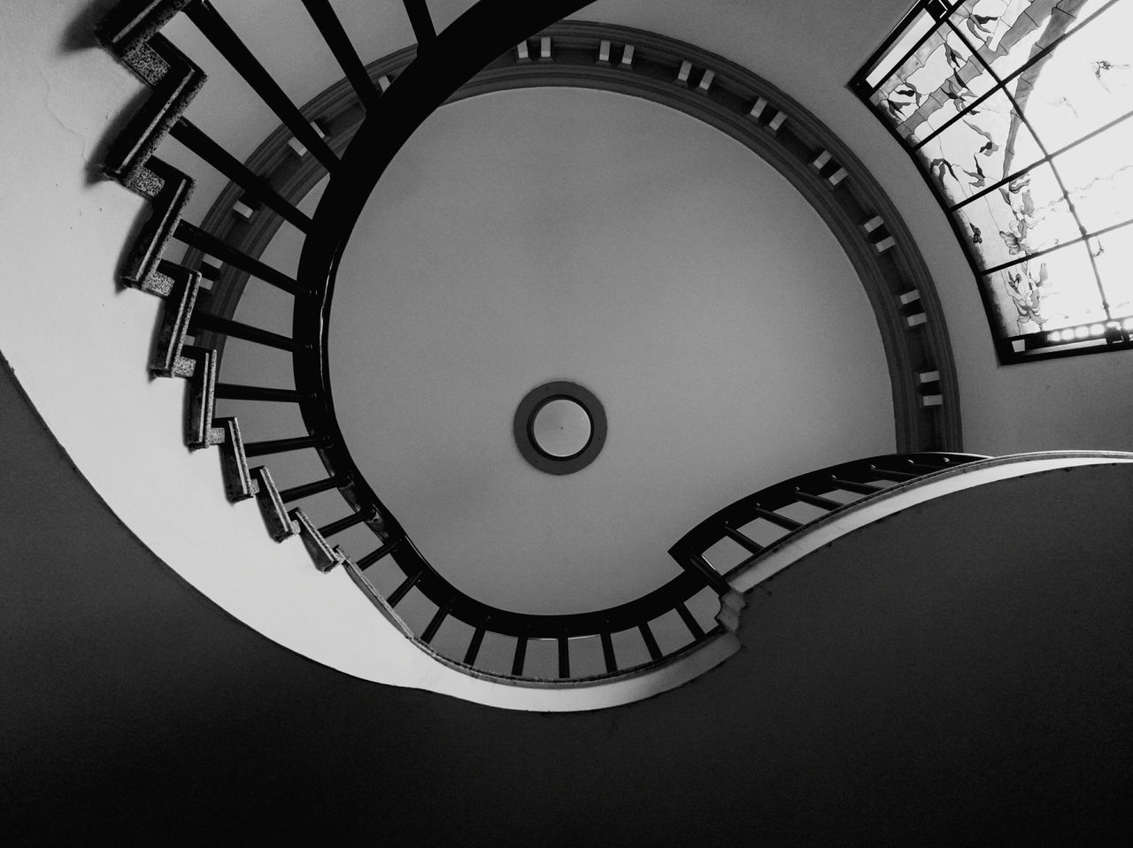 Dramatic Angles Architecture Geometric Shape Design Bnw_drama Monoart_ Leicadualcamera P9photography Davella_m Minimal_lookup Minimalmood First Eyeem Photo