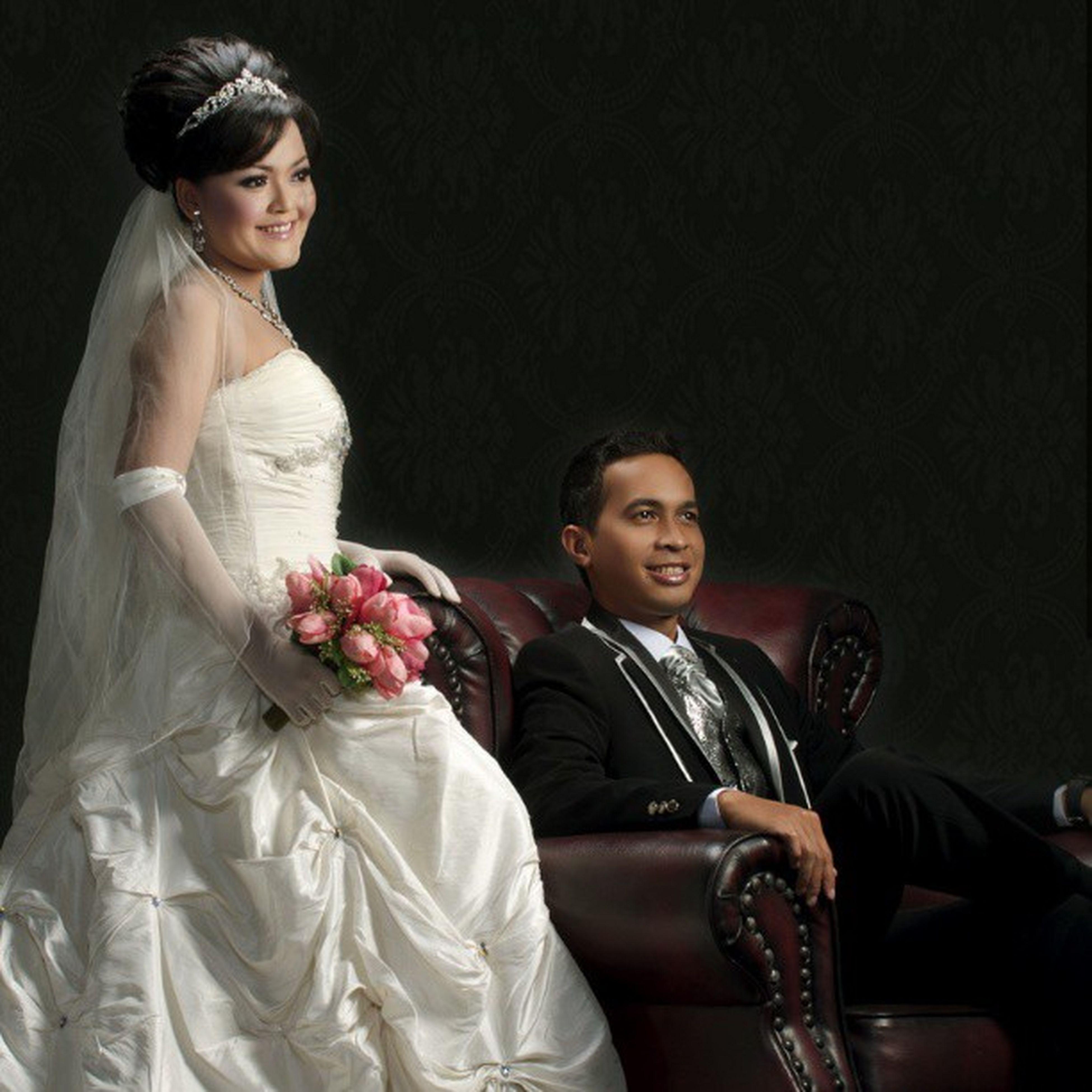 Keluargasederhana Kluarga Matatula Dessy matatula maried on 3 mart 2013