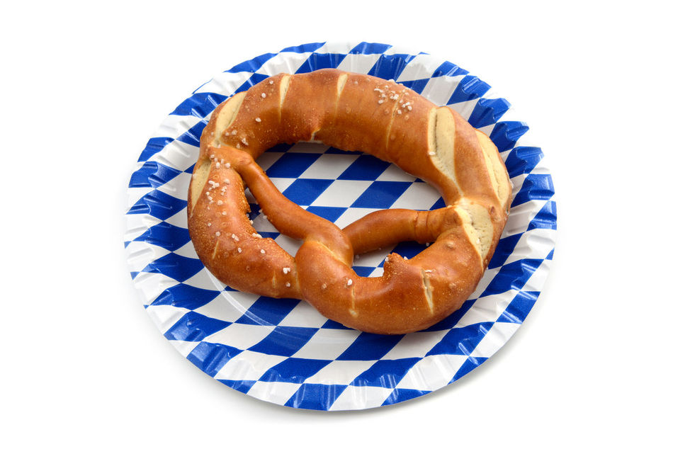 Pretzel on a blue white bavarian plate. isolated white background. Oktoberfest Oktoberfest?! Bayern Bavaria Flag Flags Oktoberfest Decoration Bretzel Bretzels Pretzels Pretzel Raute Checkered