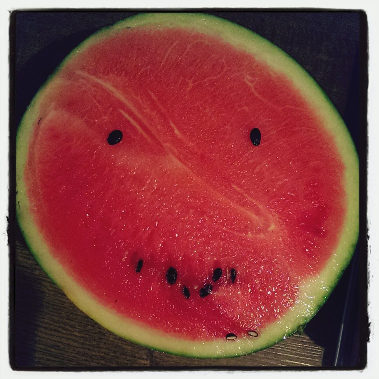 Ich habe eine Wassermelone getragen....??? Hi! That's Me Enjoying Life Quality Time Watermelonhead Eating Watermelon Watermelonseed Watermeloooooon Watermelon🍉🍉🍉 I Love Watermelon!