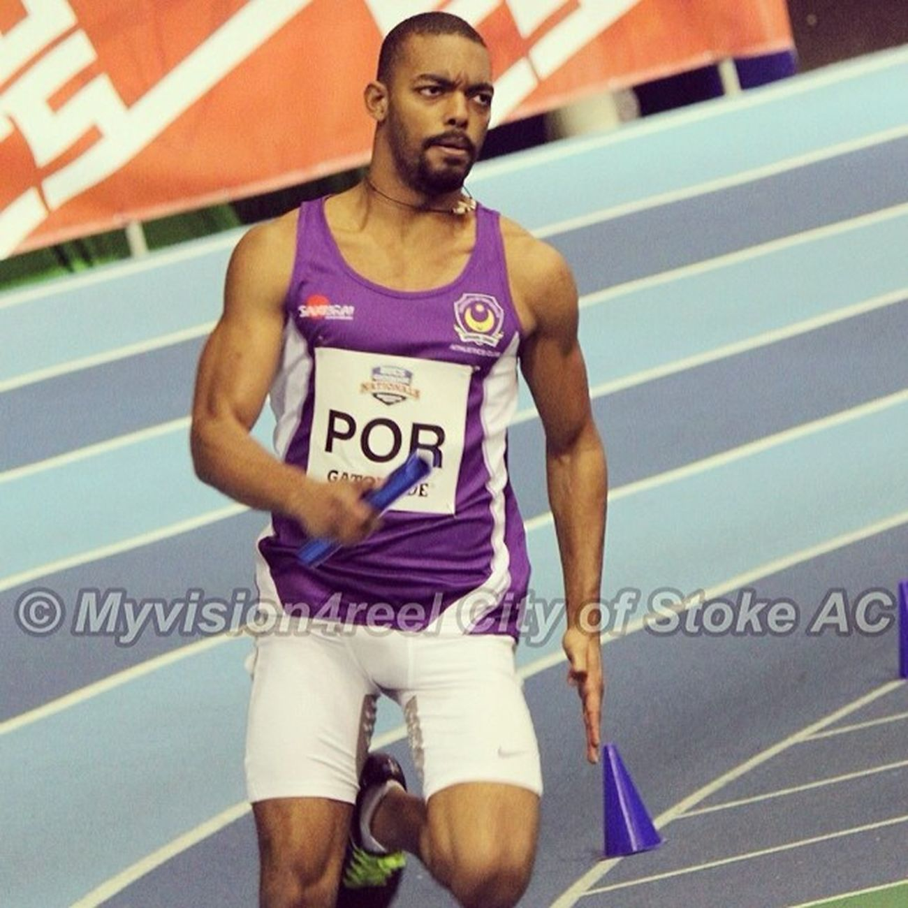 4x200m relay! Good solid aggressive run! Bucs Gatorade Indoor Athletics Sheffield 200m Relay EyeOfTheTiger SeriousBreathing UPAC UniversityOfPortsmouth POR BackInBusiness