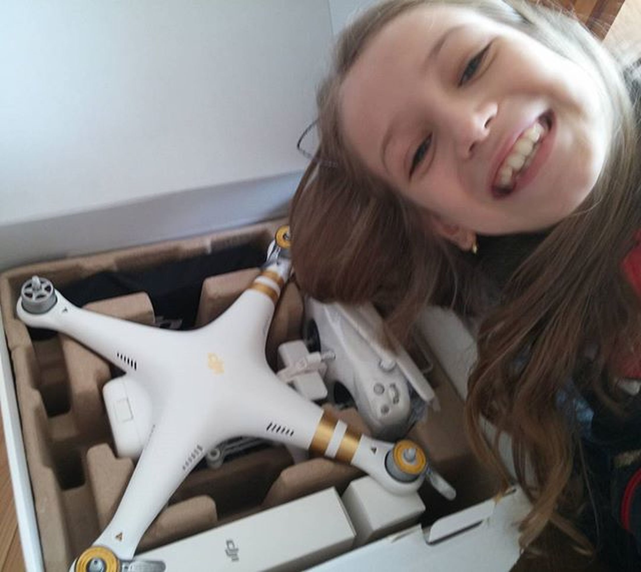 His majesty the Dron has just arrived Dji Djiphantom Professional Fly all over Canada Mesohappy