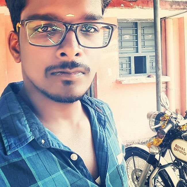 Baby getting ready ✌ Royalenfield Classic500 Bullet Enfield Riders RideOrDie Biker Garage Rto Karaikal REGISTERED Innomad Graphicdesigner Baby Py02