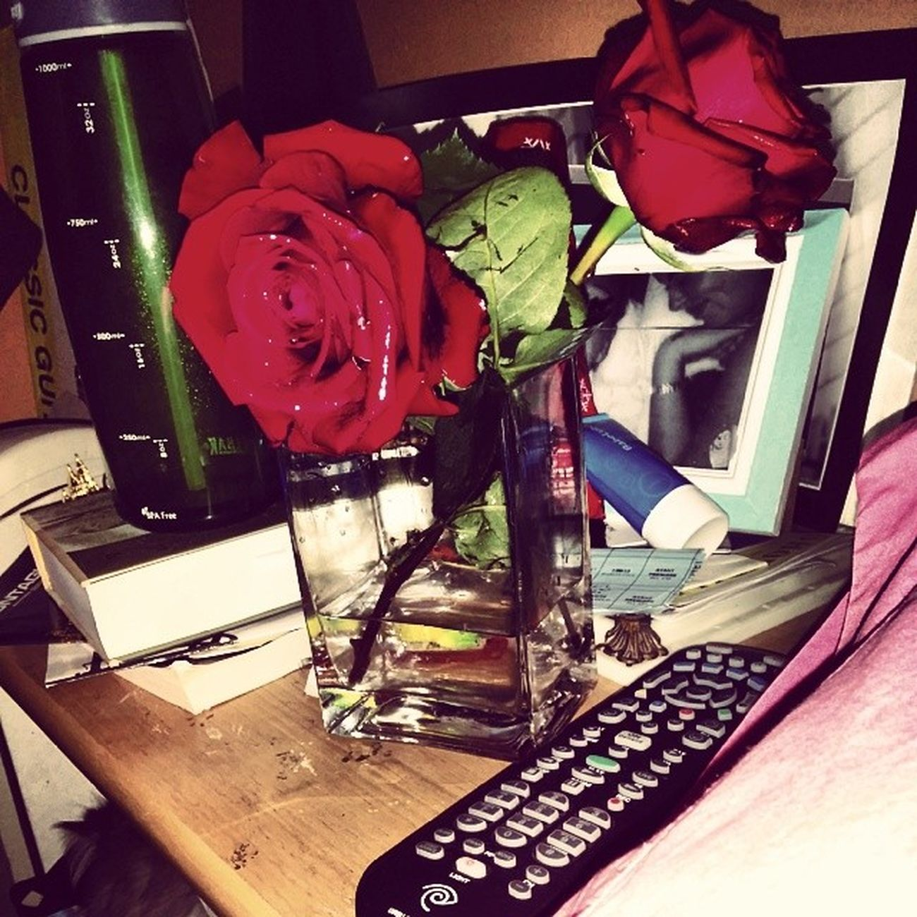 The roses live on. Everyrosehasitsthorn  Thorn ?? @mishyyyk Thank you Betazeta boys ΦΔΧ