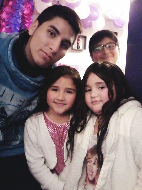 Con los primos chicos jaj Santiago De Chile Like Lo Prado Chile Likeforlike Eyeemlike  Like4like Followforfollow Eyeemchile