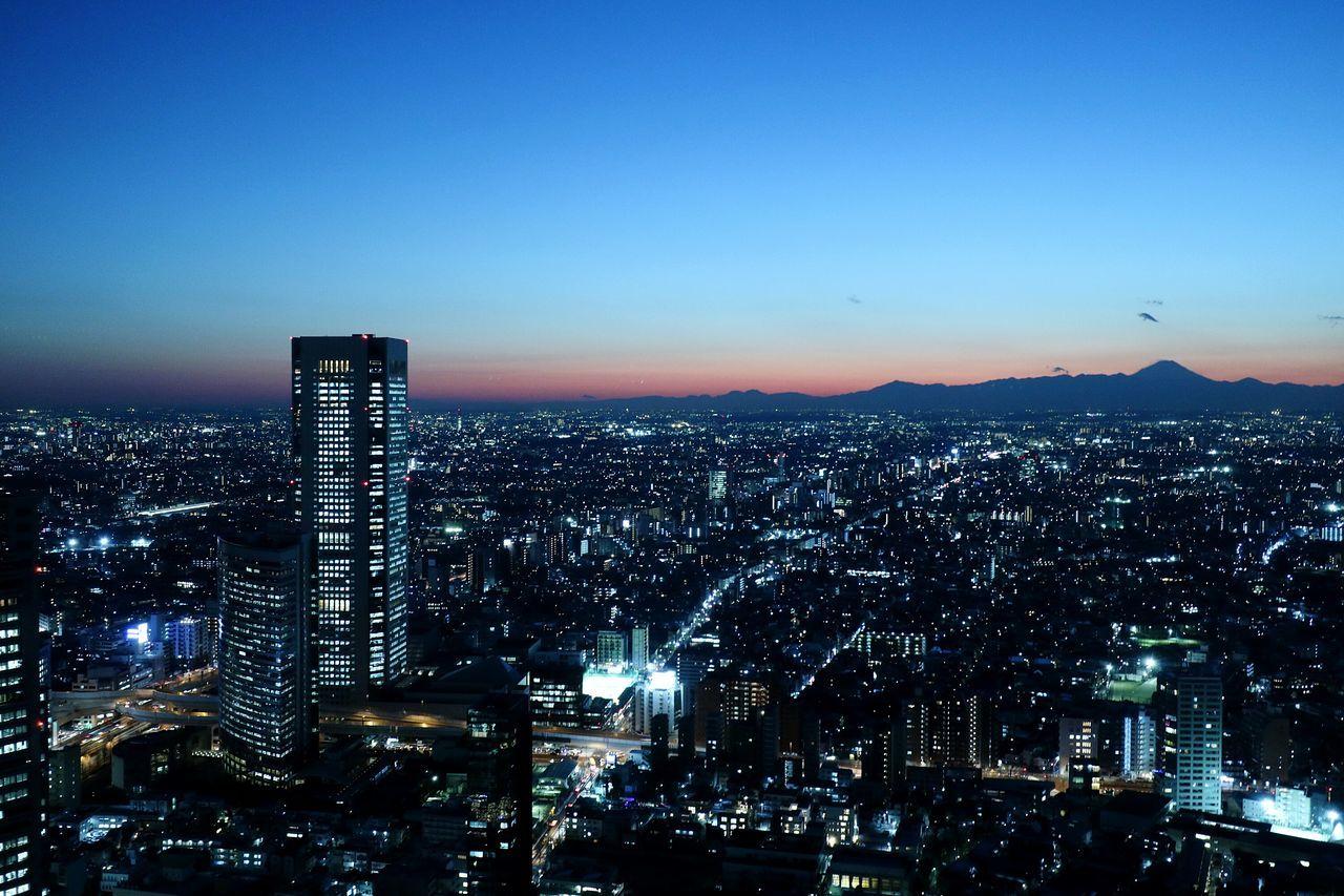 Night Illuminated Cityscape Urban Skyline Sky Tokyo Nightscape Nightview Nightphotograpy Japan Sunset Skyscraper SHINJYUKU Sunsets Mountain Fuji