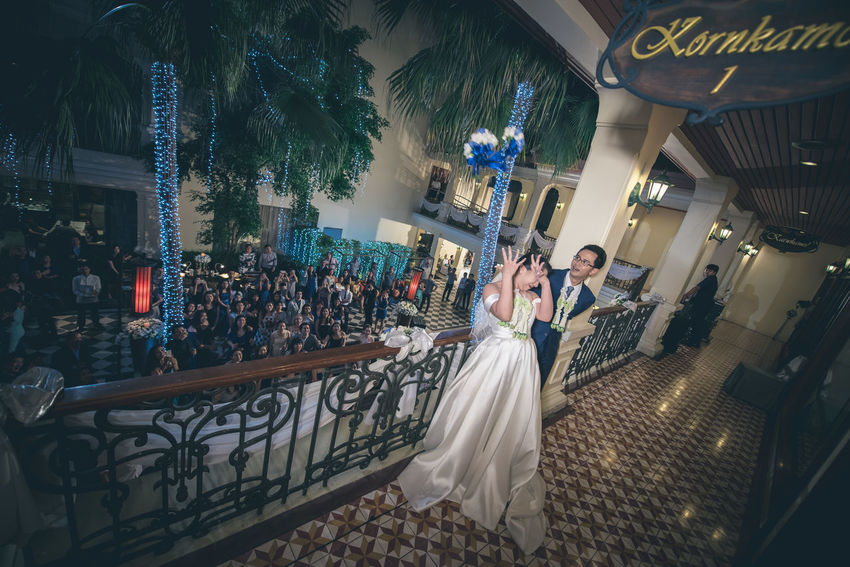Adult Bangkok Bangkok Thailand Bangkok, Thailand Bride Bride And Groom Ceremony Day Flower Flowers Groom Indoors  Men Night Night Lith People Thailand Throw Throwing  Throwing Flower Wedding Wedding Ceremony Wedding Ceremony-thai Style Wedding In Thailand Wedding Photography