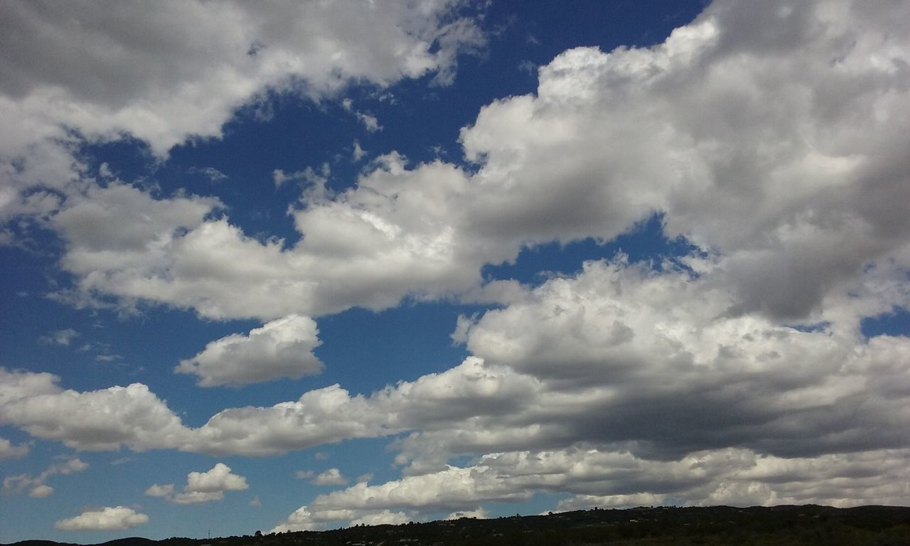sky, cloud - sky, nature, beauty in nature, scenics, tranquility, cloudscape, no people, blue, tranquil scene, day, outdoors, backgrounds, sky only