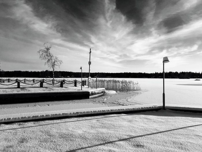 Landscape Snow December 2016 Ice Lake Cold Temperature Winter Mid Day Desktop Storsjön Sandviken Black & White Black And White Blackandwhite Photography Monochrome Nature Blackandwhite Sky And Clouds Sky The Great Outdoors - 2017 EyeEm Awards Shades Of Winter