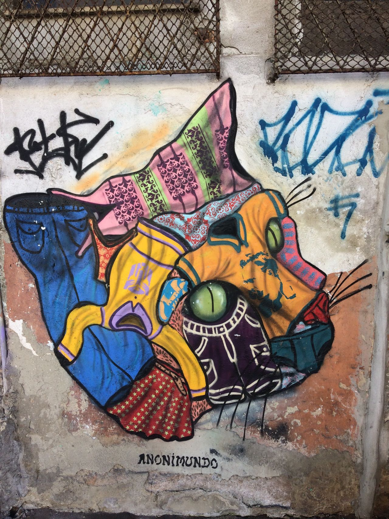 Grafite Graffiti Street Art Wall - Building Feature Text Art And Craft Multi Colored Outdoors Built Structure Day Architecture No People Building Exterior Painted Image Close-up