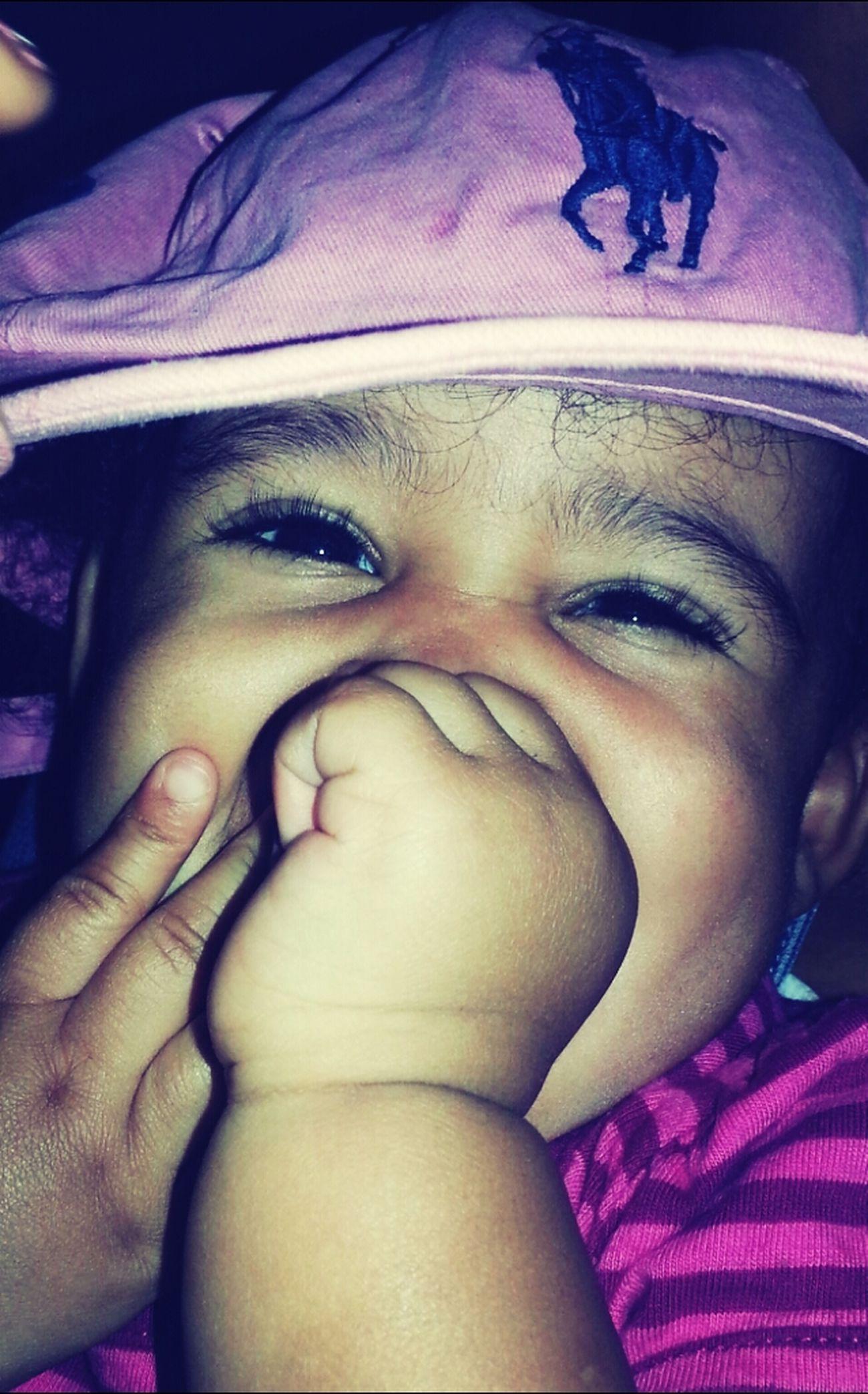 my baby cosin♥ *peep her hat.