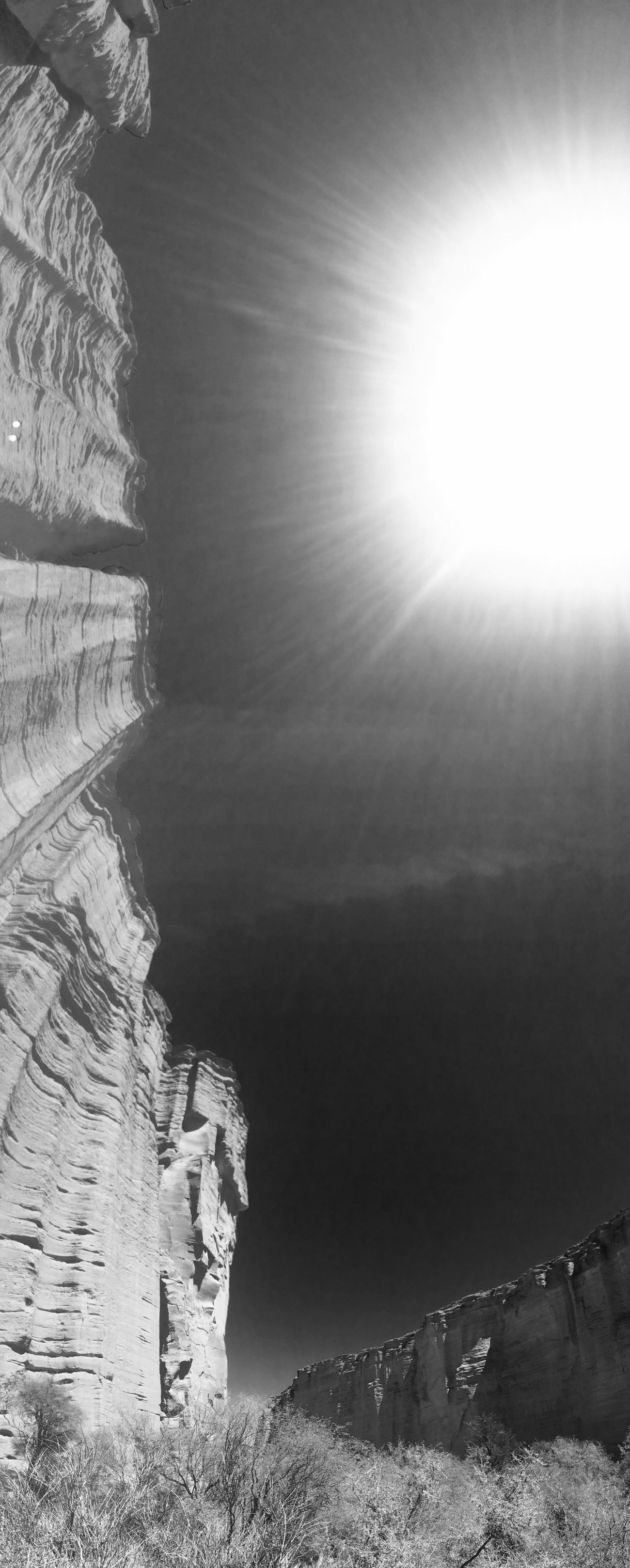 Canyon de Talampaya - marzo 2015. Talampaya Argentina Travel Photography Iphone5s Walking Canyon Taking Photos Blackandwhite Panaromic View The KIOMI Collection