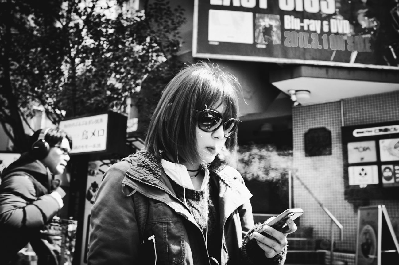 Streetphotography People Tokyo Street Photography Streetphoto Blackandwhite Black And White Japan Streetphoto_bw Streetphotography_bw B&w Street Photography Monochrome Photography The Week Of Eyeem Voidtokyo