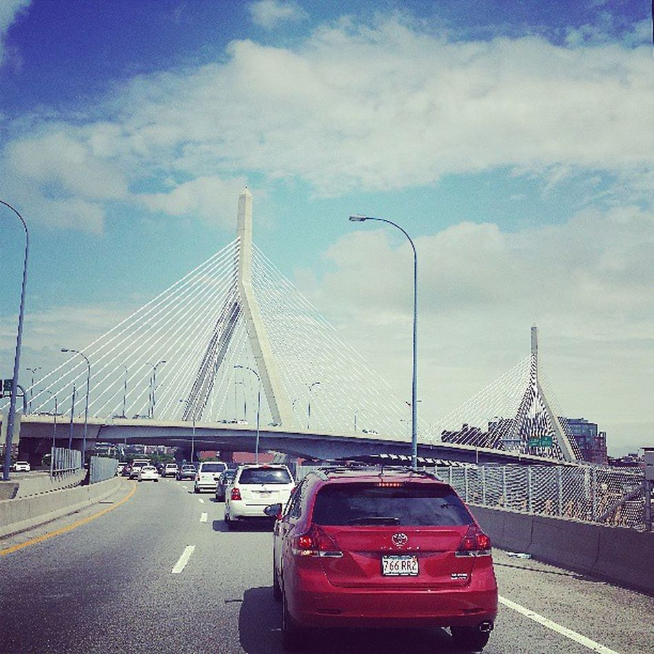 Ugh....another day another traffic jamb.. Bostontrafficsucks Theregoesmysamtime