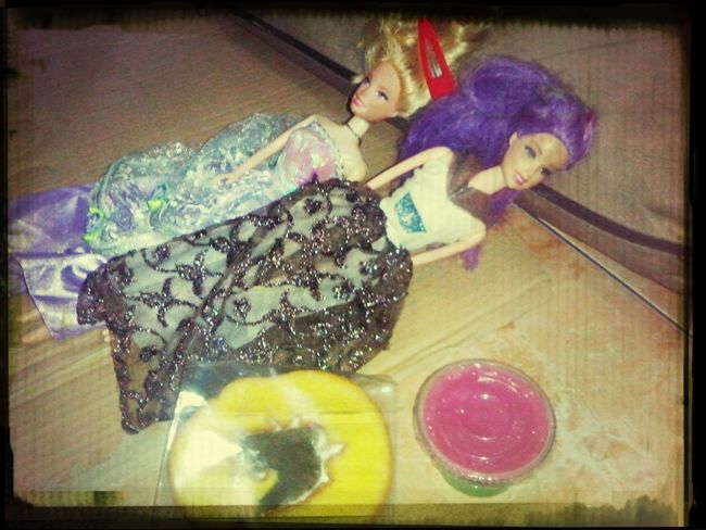 Barbie and cake....