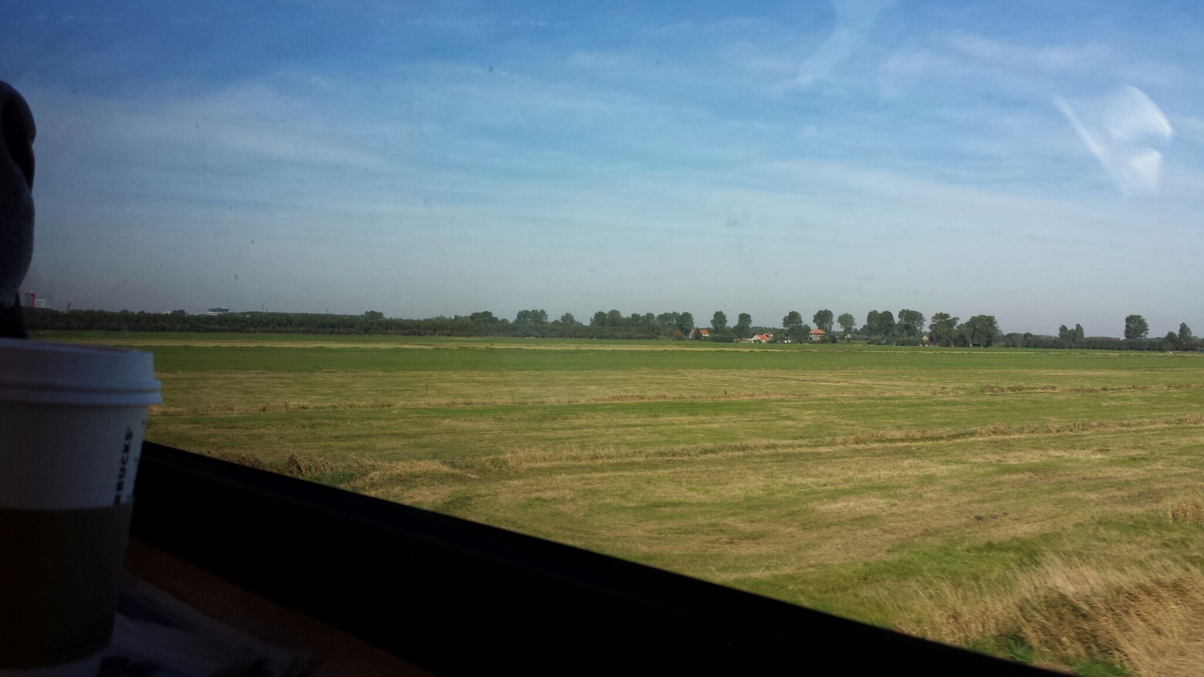 Train Sky Holland Duurtlang Omw 2 WizKhalifa