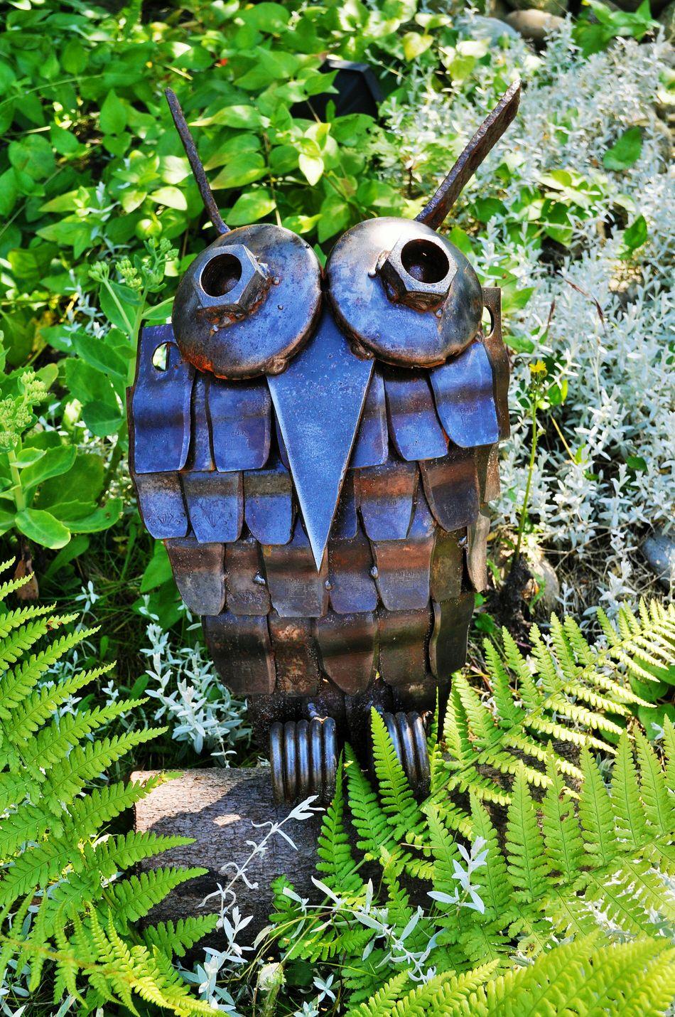 Schrottkunst- scrap art Scrap Metal Scrapmetal Scrap Art Recycling Materials Recycling Do It Myself ArtWork Art Welding Welding Work Weldingart Owl Metal From Old To New The Mix Up