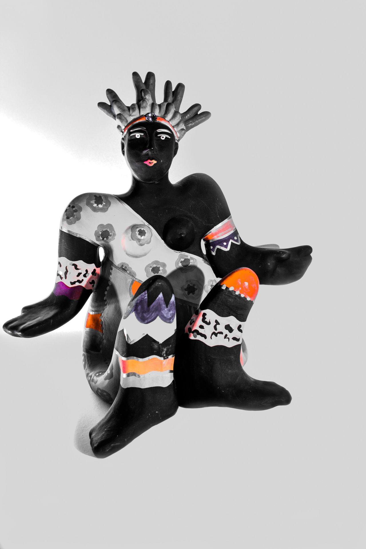 Lieblingsteil Studio Shot White Background No People Clown Day Sculpture Full Length Close-up Decorative Decoration Fleemarket