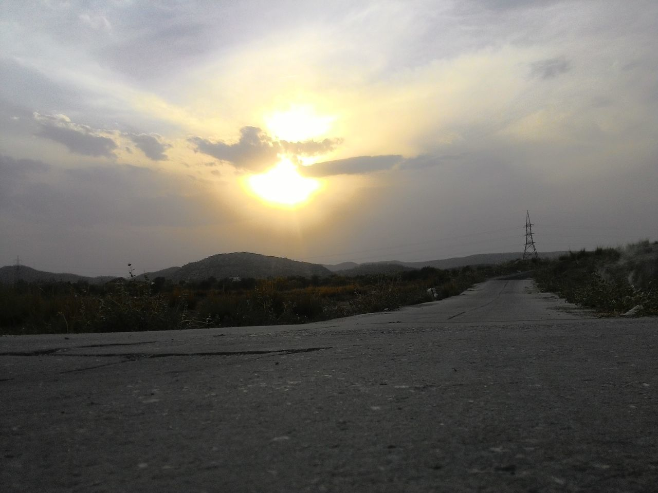 road, sunset, sky, no people, outdoors, nature, transportation, scenics, sun, landscape, mountain, beauty in nature, day
