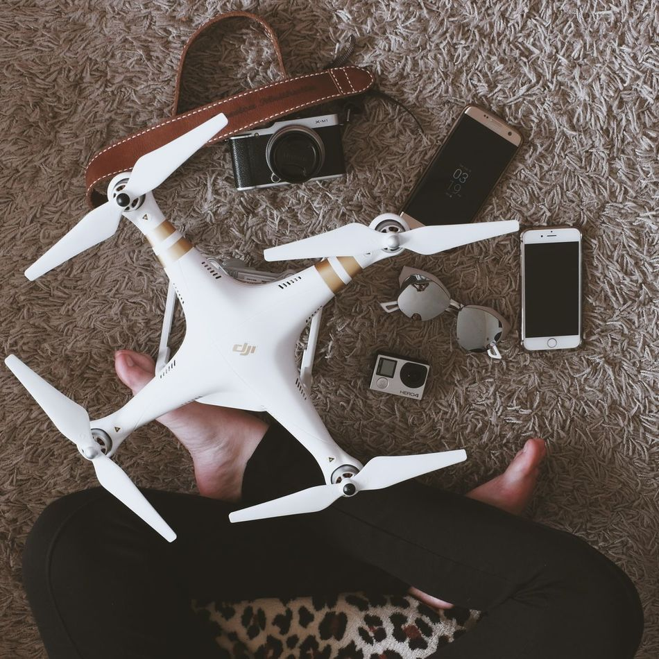 Fujifilm_xseries Drone  Dronephotography Flatlayphotography Flatlays Flatlaystudio Samsung Galaxy S7 Edge IPhone Fujifilm Fujifilm X-m1 One Person Human Body Part Young Adult Human Hand Close-up Adults Only Adult One Man Only People Only Men Indoors  Men Nail Polish Day