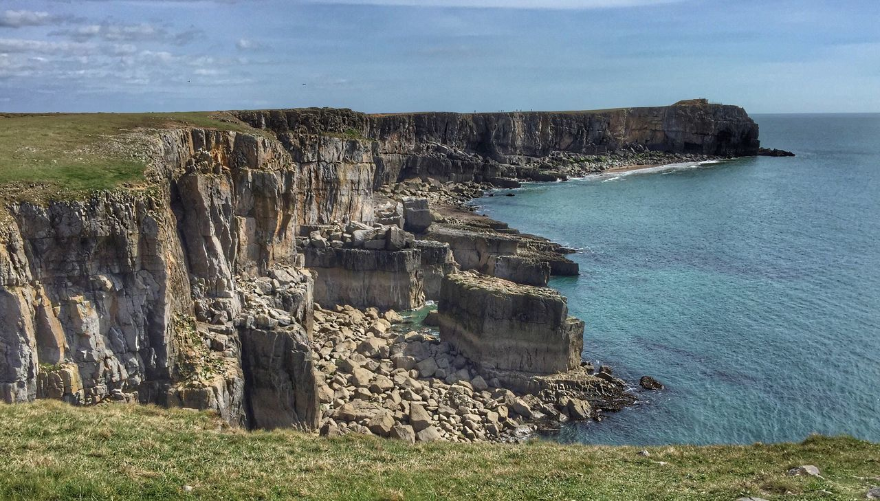 Coastline at St Govan's Head in Pembrokeshire Rock - Object Nature Sea Beauty In Nature Cliff Scenics Sky Horizon Over Water Pembrokeshire Coast The Great Outdoors - 2017 EyeEm Awards