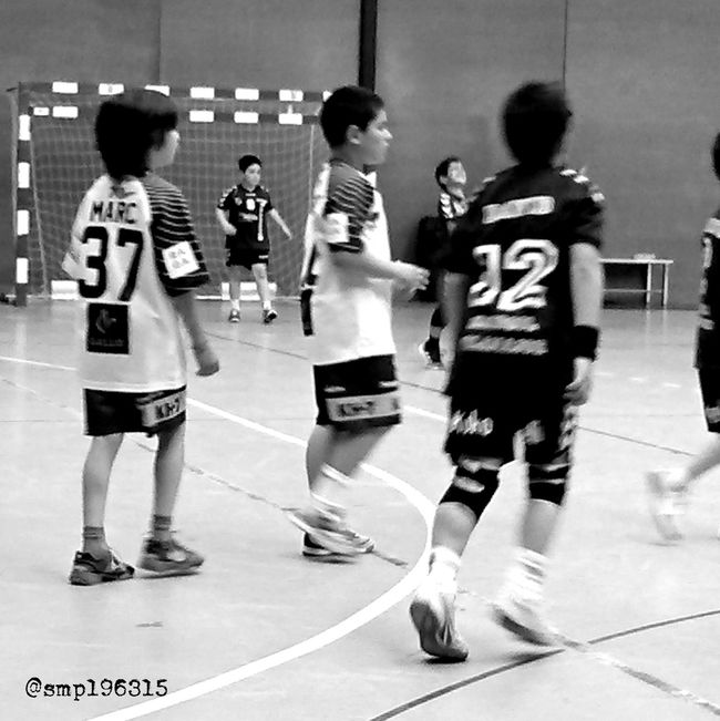 Handball Santantonidevilamajor vs Granollers prebenjamín 5/15. Black&white