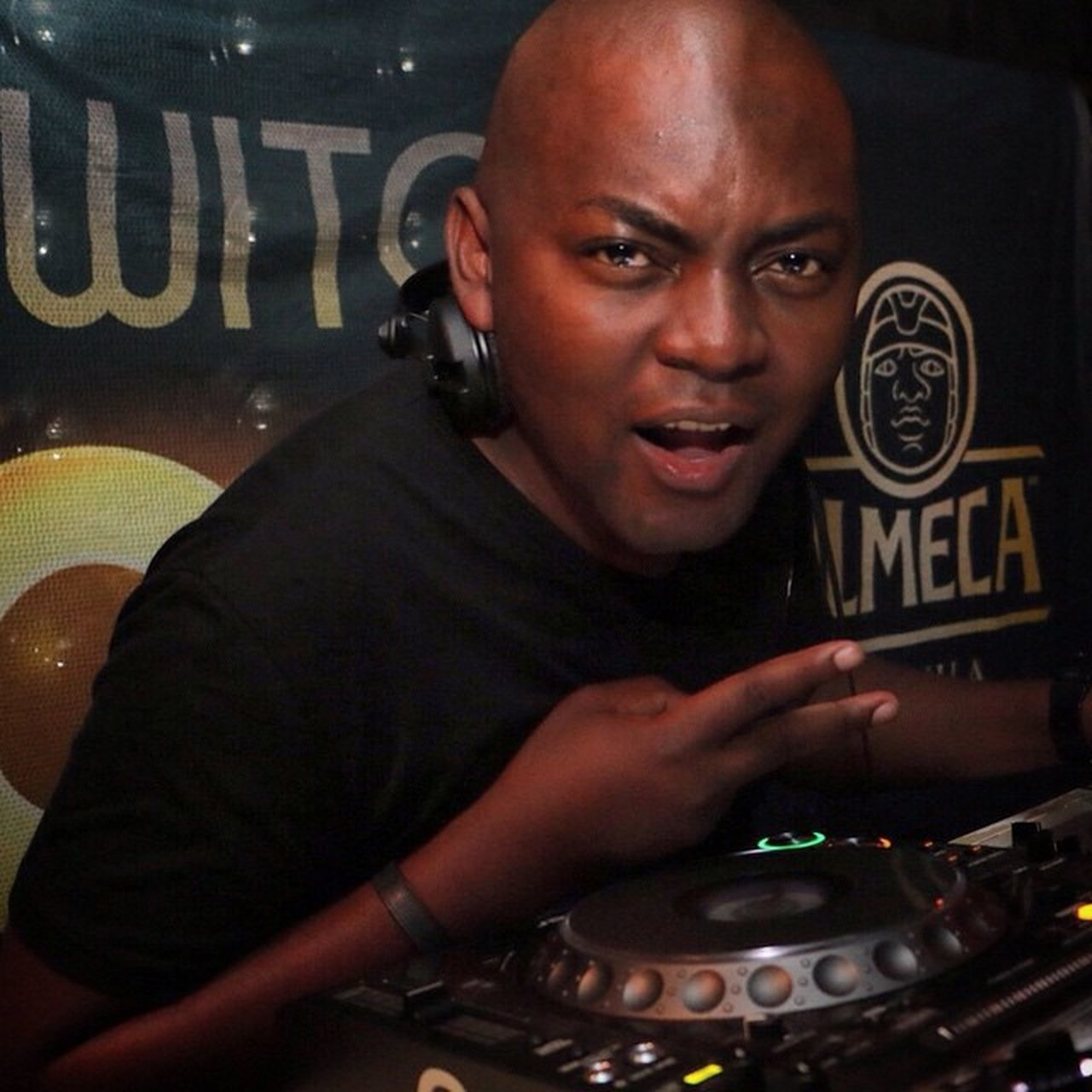 @euphonik absolutely killed it last night at the Zzolmecamayhem party at @ballizza It ain't a party without Olmeca Olmecatequila Tequila Party Music BEATS Whatacrowd