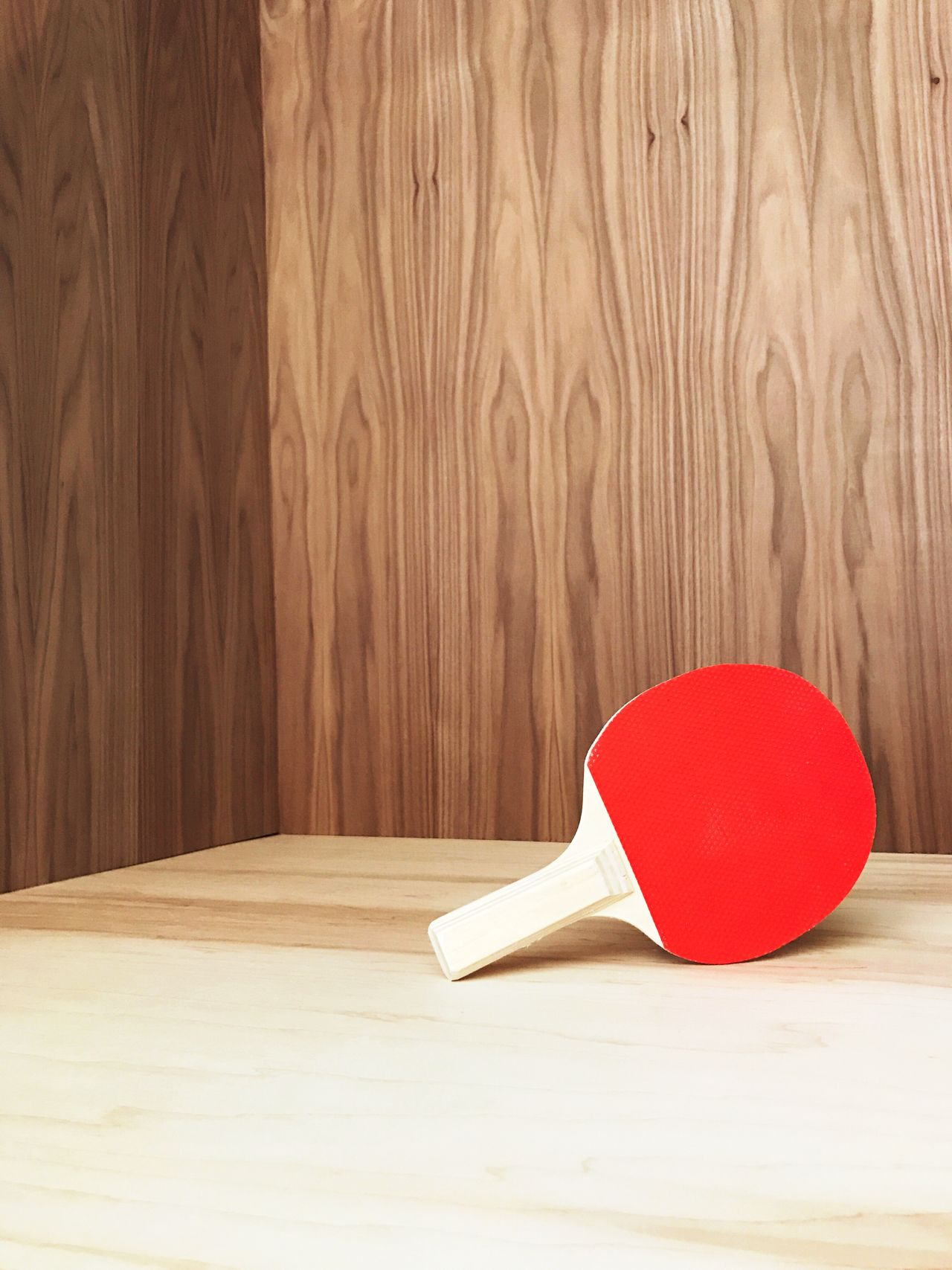 Wood - Material Indoors  Table No People Wood Grain Close-up Day Vintage Wood Paneling Daiso Single Object Ping Pong Paddle Red Brown Childhood Wood Grain Monochrome_life Shapes And Forms Indoors  Studio Shot Fresh on Market 2017