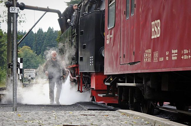 """steam-shower"" Steam Locomotive Steam Locomotive Train Station Train People Photography People Watching Streetphoto_color Street Photography Color Photography Showcase March Peoplephotography People EyeEm Best Shots Streetphotography Colors Eyem Best Shots Photography In Motion Cheese! Harz Brockenbahn"