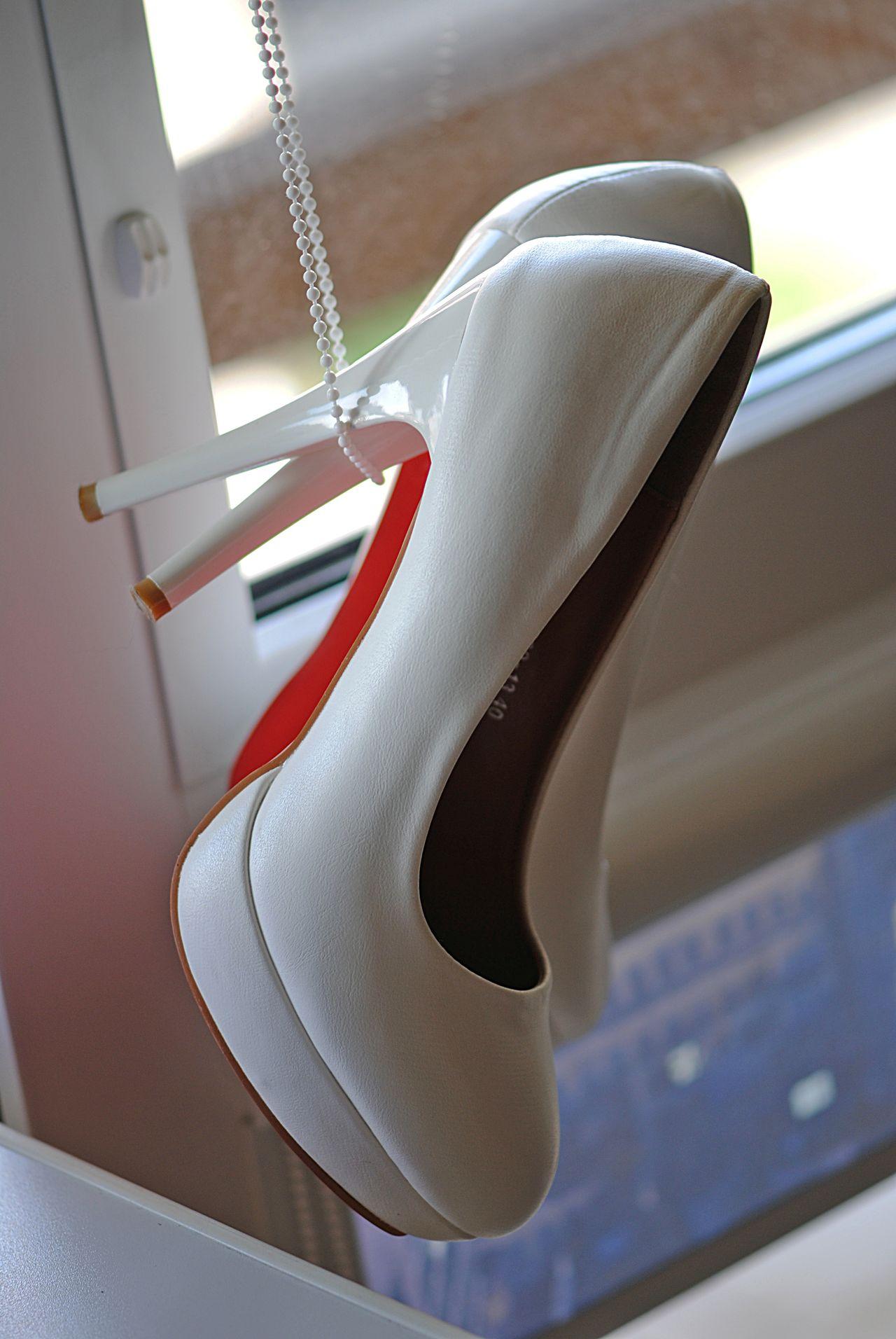 Bride Shoes Celebration Details Fashion&love&beauty Wedding Background Wedding Fashion White Shoes Window