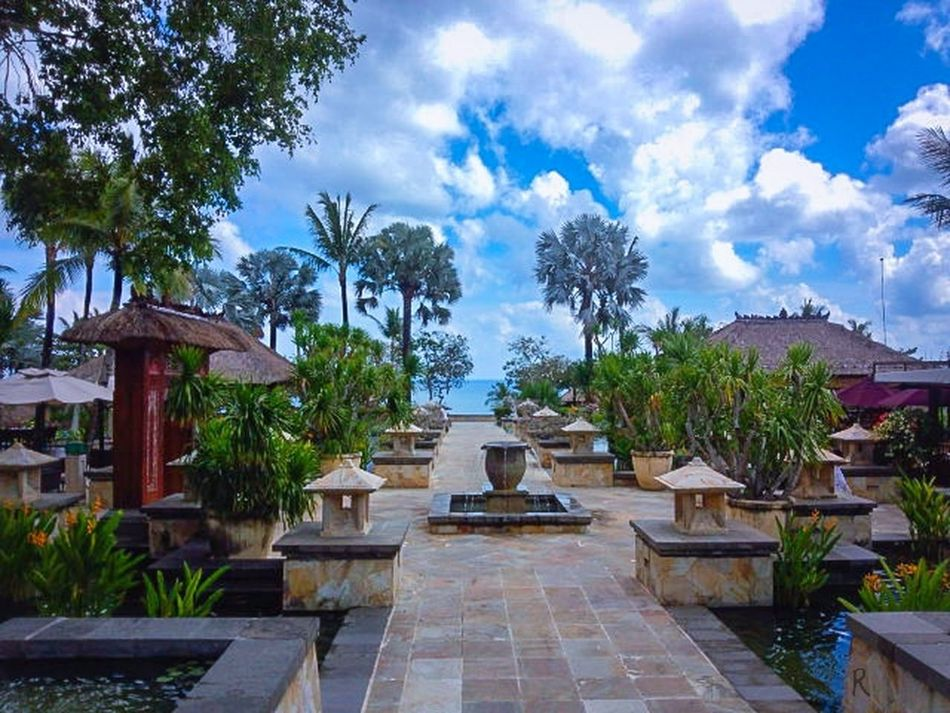 The view here is very good so I like it. Enjoying The View Ayana Resort Hotel Bali