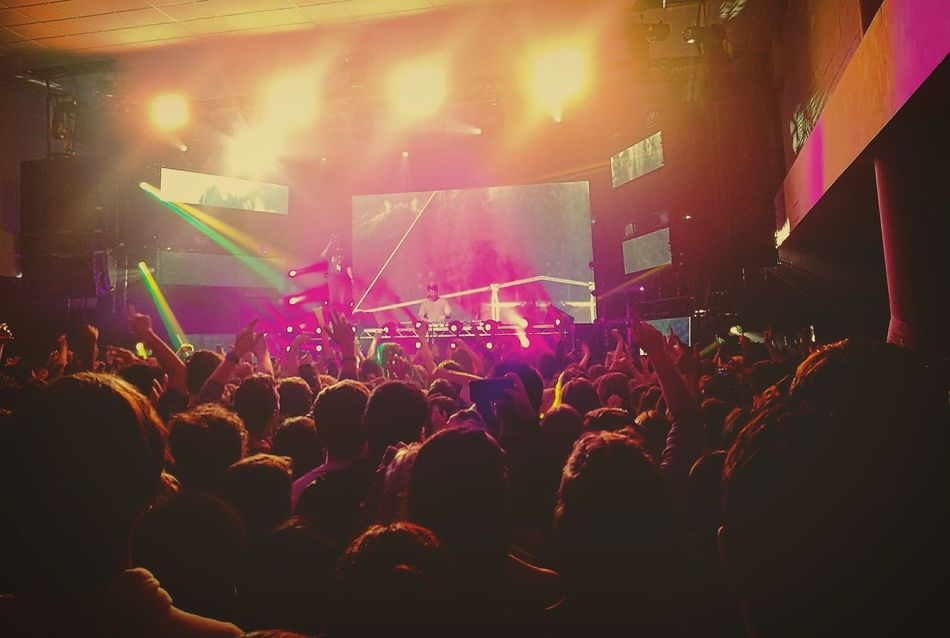Just enjoying a rad concert with the chainsmokers HuaweiP9 Huaweiphotography Chainsmokers