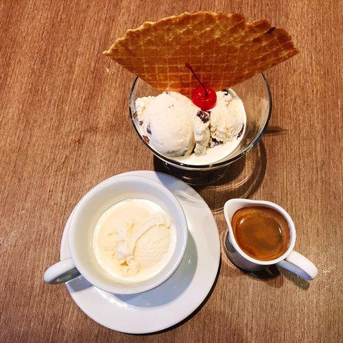 Ice Cream n Coffee, So Yummy... Ice Cream Coffee Coffee Time MELeverywhere MELeverywhereTrip EyeEm Selects Häagen-Dazs Affogato Food Stories