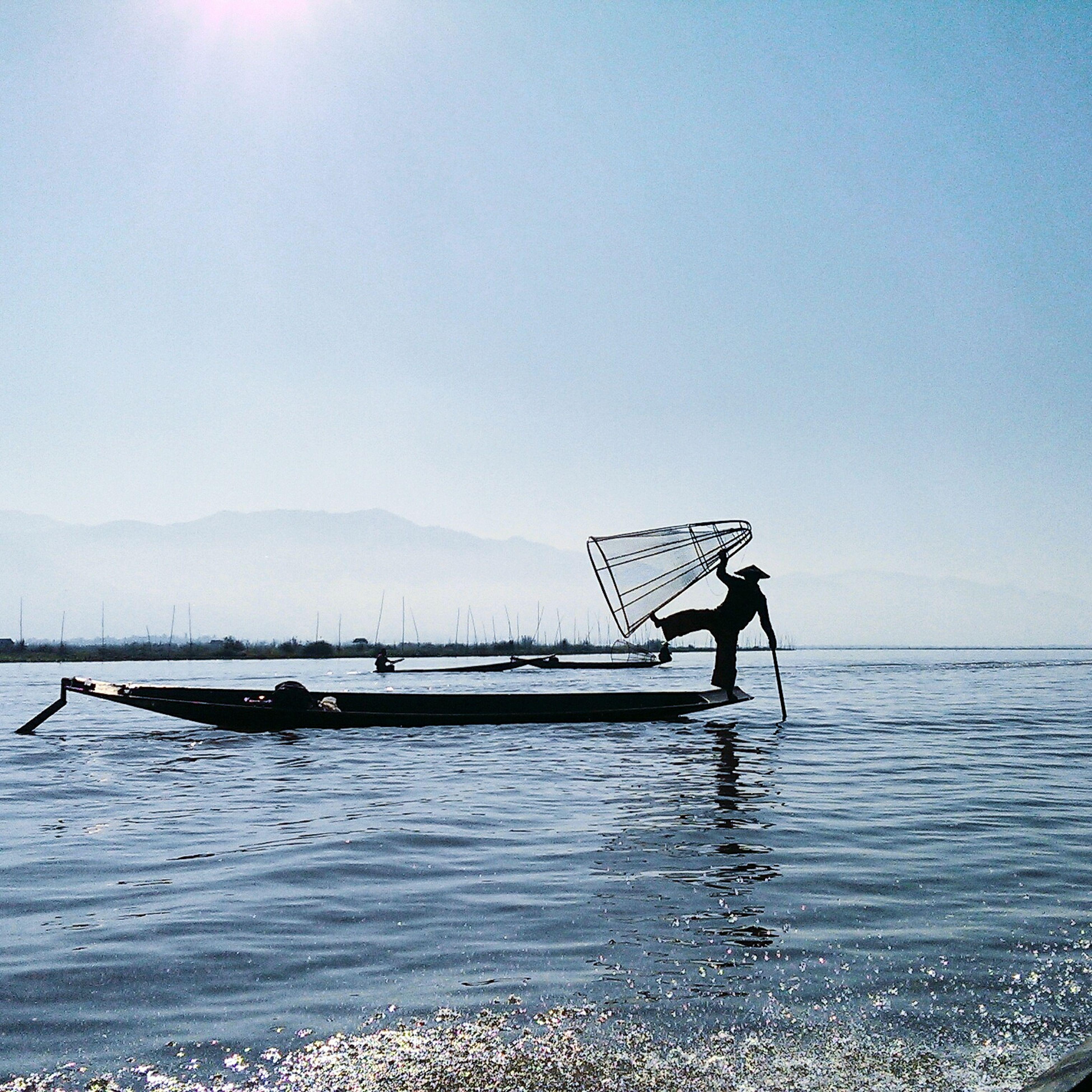 Amazing Enjoying Life Backpackers Beautiful Burma Inle Lake Fisching World Explore Life