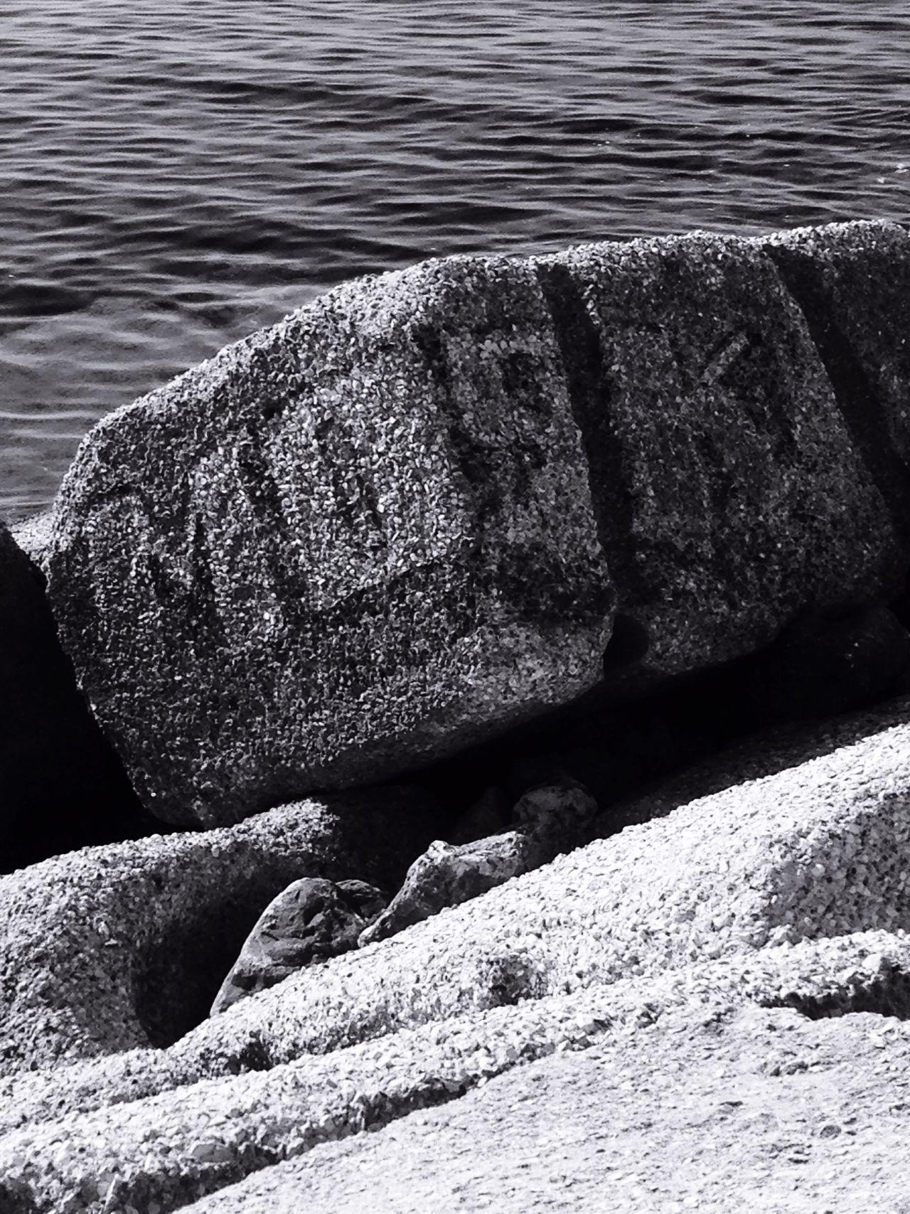Taking Photos Writers Sea Concrete Black And White @ Ernesto Galizia Contemporary Art Sky