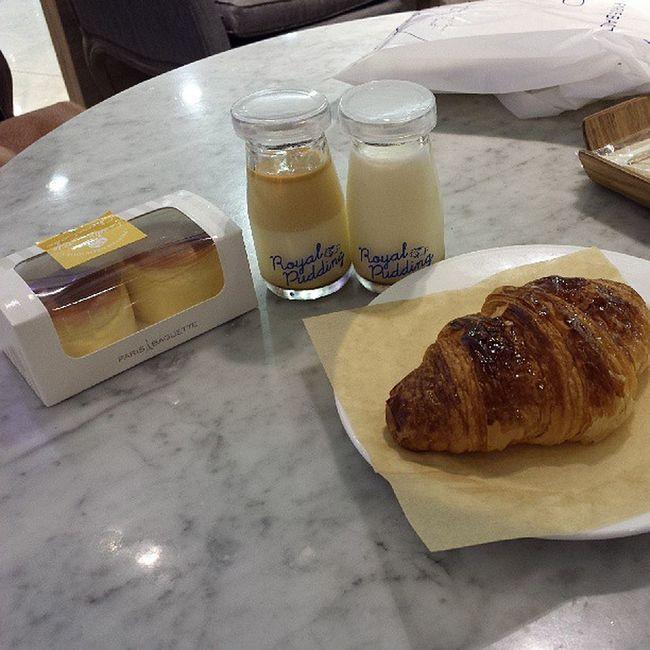 Yay Paris Baguette. Food Foodporn Parisbaguette Desserts
