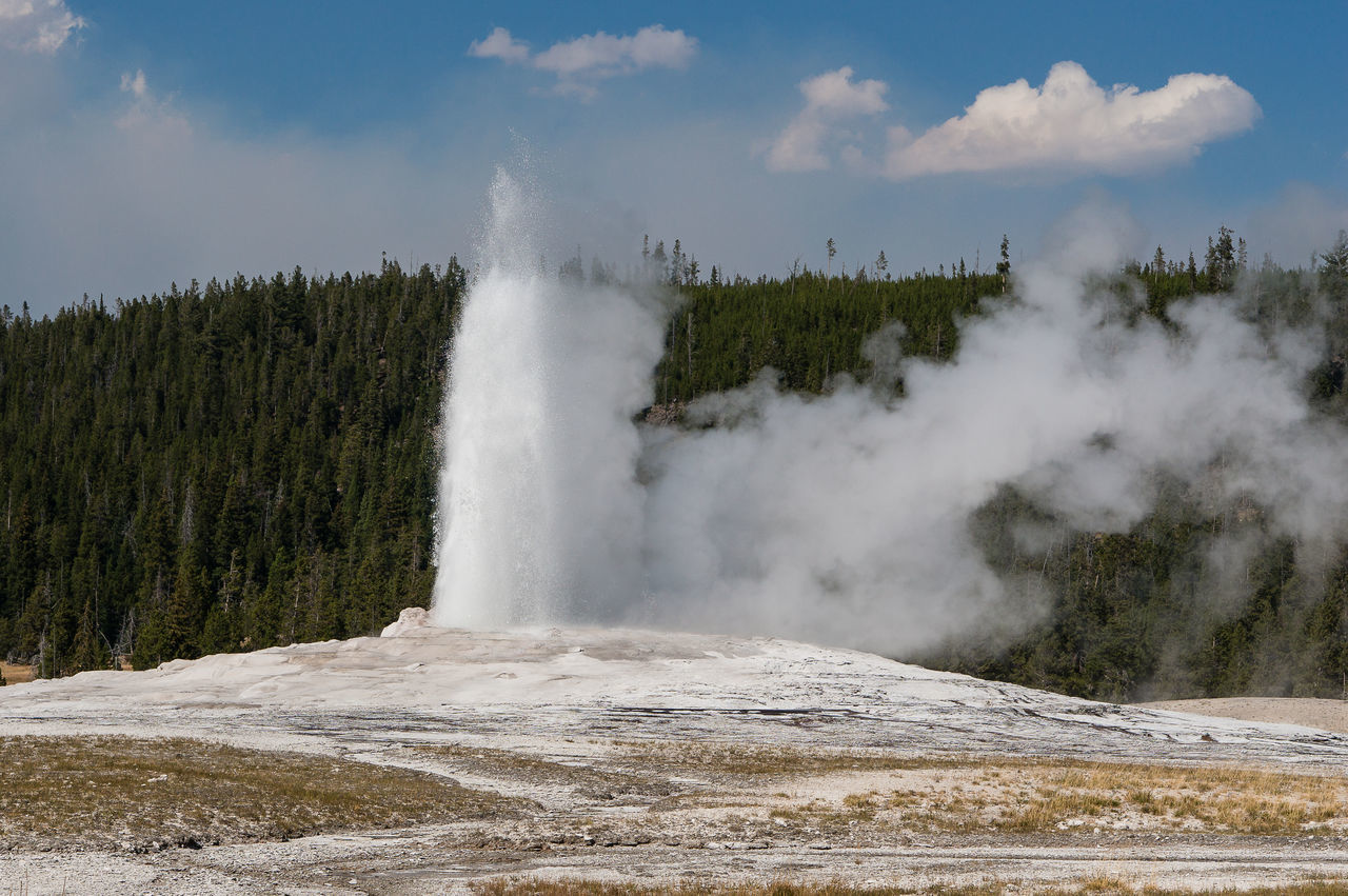 Old Faithful Geyser, Yellowstone National Park Beauty In Nature Famous Place Landscape Landscape_Collection Landscape_photography Nature Nature Nature Photography Nature_collection Non-urban Scene Old Faithful Power In Nature Scenics Steam Tourism Travel Travel Destinations Water Yellowstone