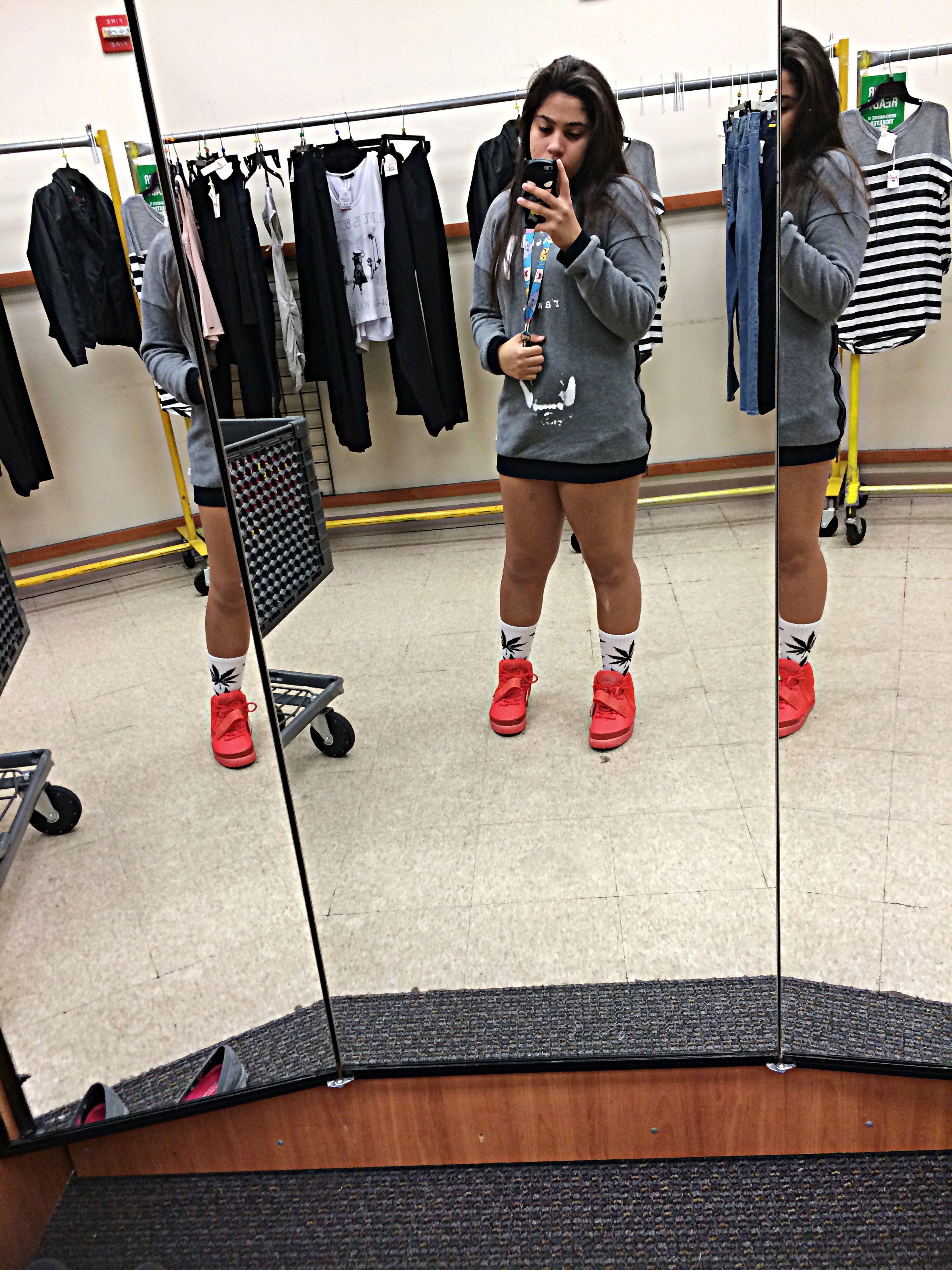 Legs On Point