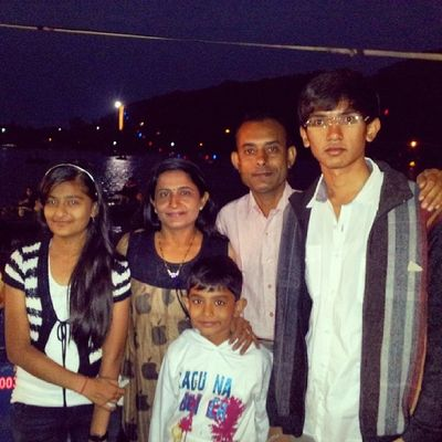 """Me My Uncle &My Uncle""""S Family MT . Abu very cool weather nkki lake enjoy the tour for diwali vacation instalike instabeauty instashare inatamood instacool instaforward .,.,.,.,.:-) ♥:-) ♥:-) ♥:-)"""