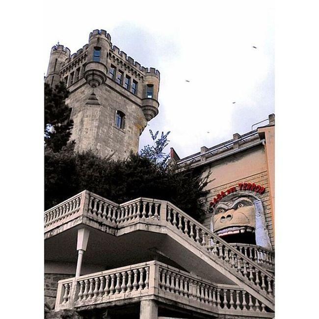 surreale e vecchio parco dei divertimenti sul Monte Igueldo... tra le cose più kitsch e belle che abbia visto Sansebastian Monteigueldo Dadaholiday2015