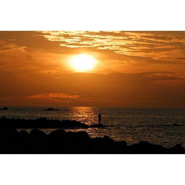 Sunset in L'Armor Pleubian Sunset Sonnenuntergang Fischer Sonne Pleubian Ocean France Brittany Bretagne